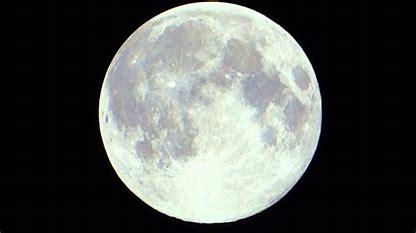Taalweetje: 5 Engelse uitdrukkingen met de maan